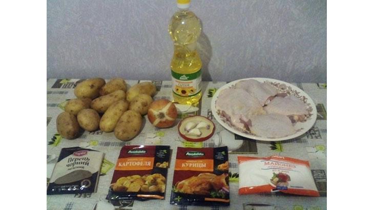Картофель, запеченный в духовке с куриной голенью в рукаве: пошаговый рецепт с фото