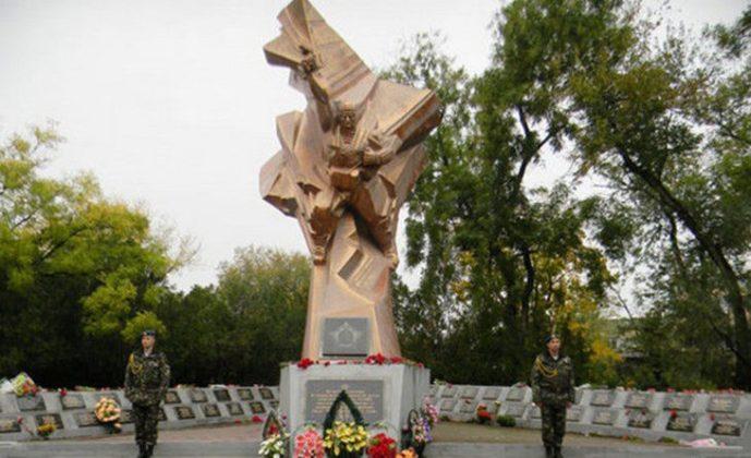памятник десантникам Болград